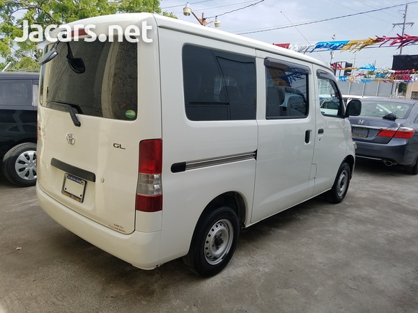 Toyota Town Ace 1,5L 2013-3