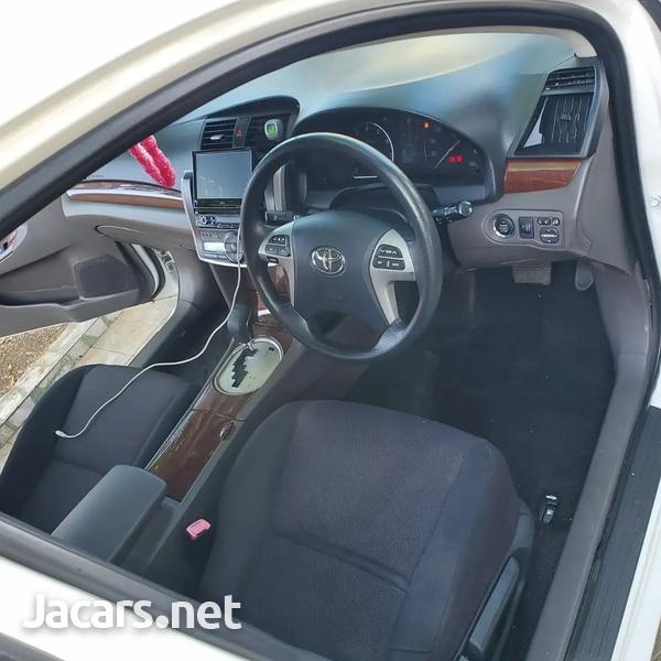 Toyota Allion 1,8L 2013-8