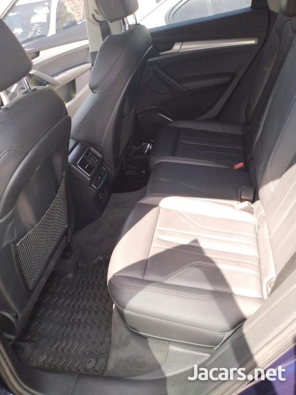 Audi Q5 2,0L 2018-12