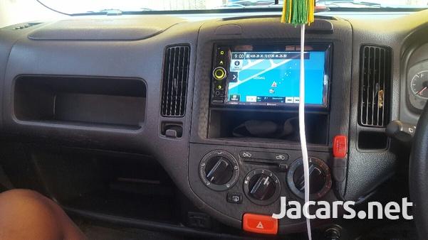 Nissan AD Wagon 2,0L 2013-6