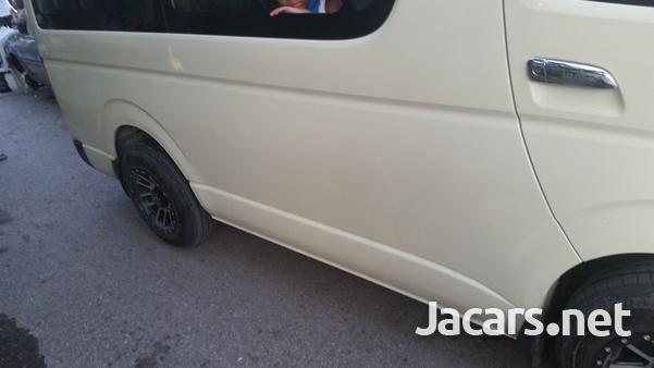 Toyota Hiace 2014-2