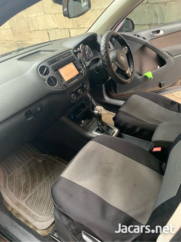 Volkswagen Tiguan 2,0L 2012-12