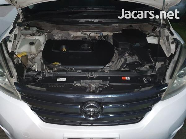 Nissan LaFesta 2,0L 2011-5