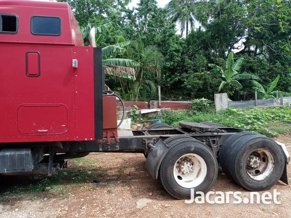 1999 International Truck-9
