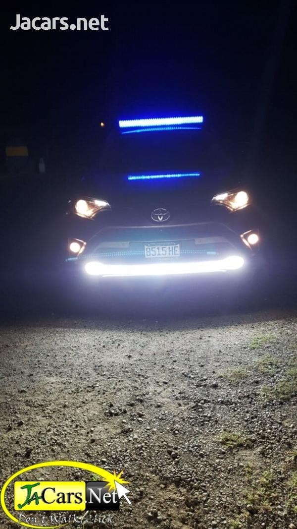 Toyota RAV4 2,0L 2017-3