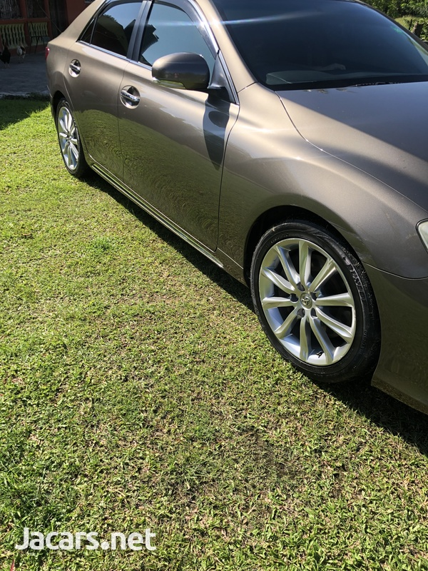 Toyota Mark X 3,5L 2010-6