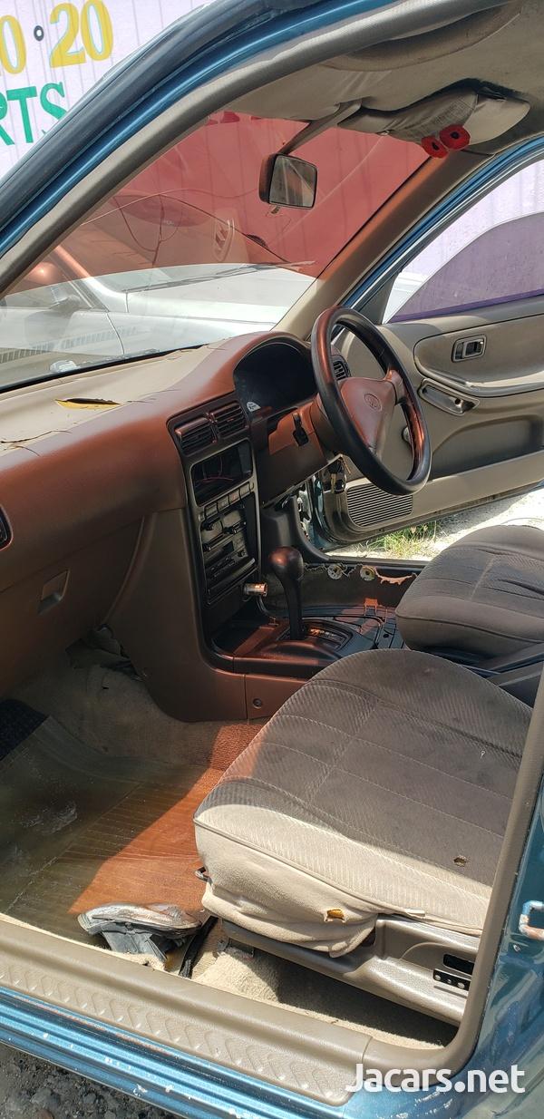 Nissan B14 2,0L 1994-8