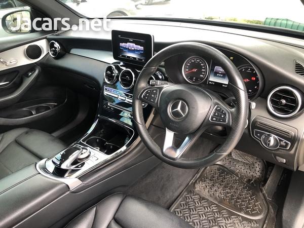 Mercedes-Benz GLC-Class 2,0L 2017-5