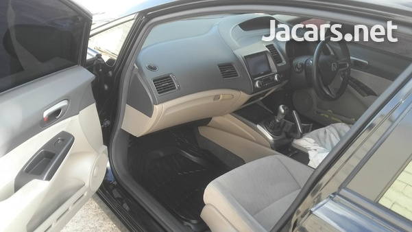 Honda Civic 1,8L 2010-3