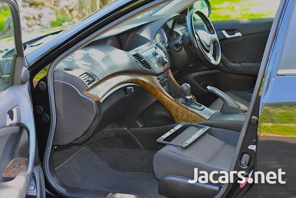 Honda Accord 2,0L 2012-10
