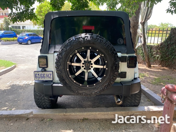 Jeep Wrangler Sport Unlimited 3,6L 2014-4