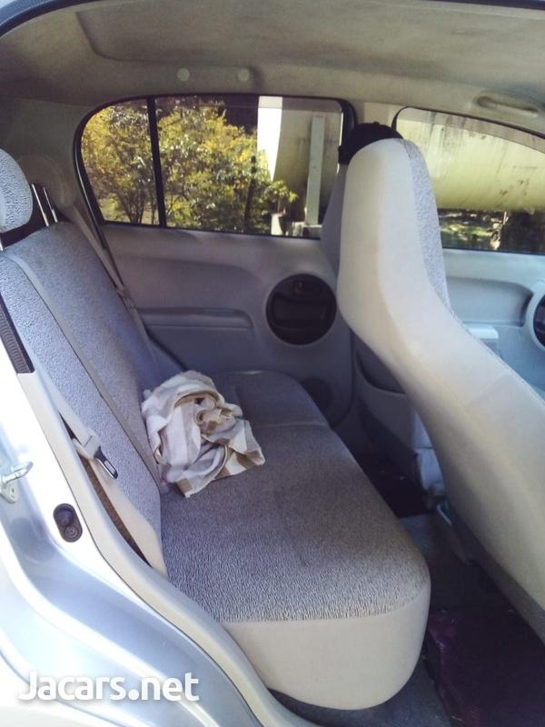 Toyota Passo 1,5L 2010-8