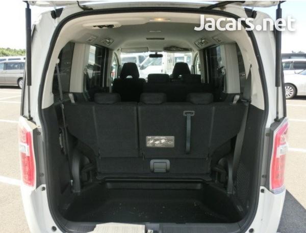 Honda Step wagon 2,0L 2013-7