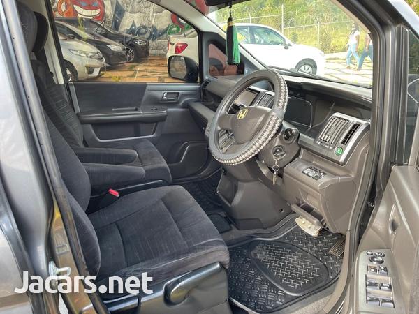 Honda Step wagon 2,0L 2010-9