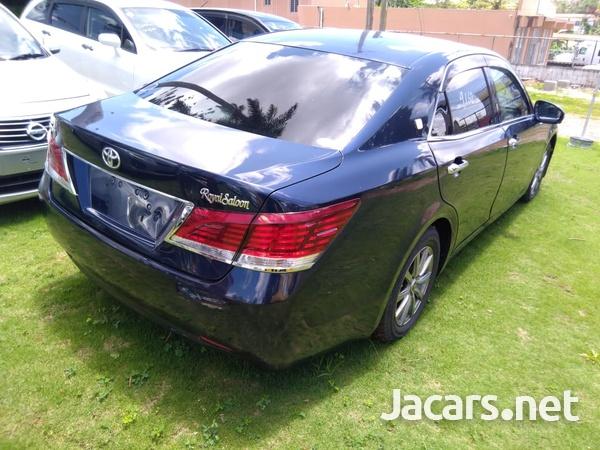 Toyota Crown 2,5L 2013-3