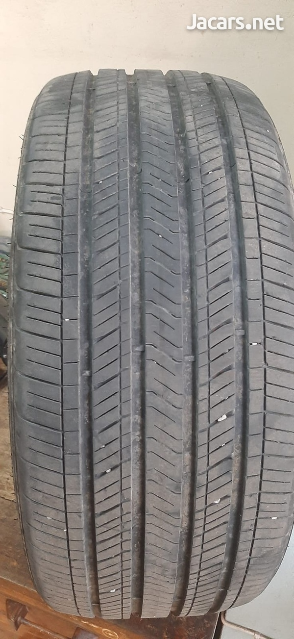 235/40/19 Goodyear Tire-2