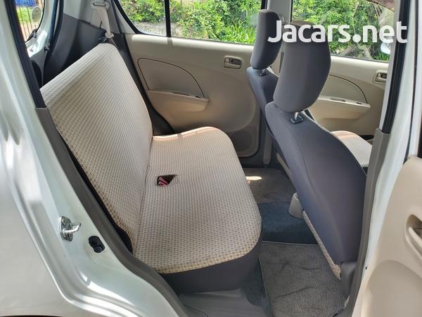 Suzuki Alto 0,7L 2013-7