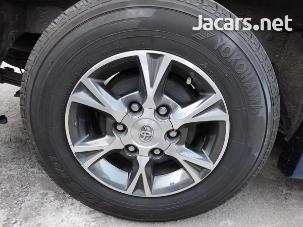 Toyota RegiusAce GL 2,0L 2015-4