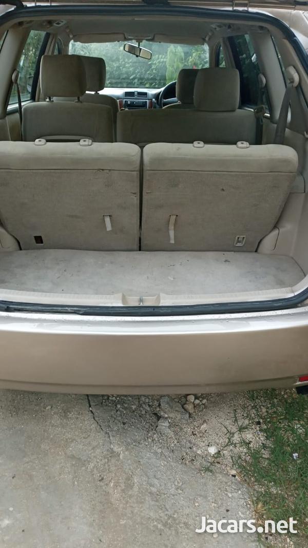 Toyota Picnic 2,6L 2002-6