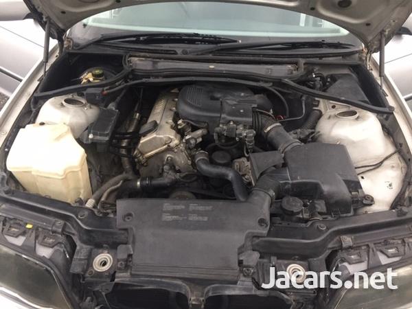BMW 3-Series 2,0L 2001-9