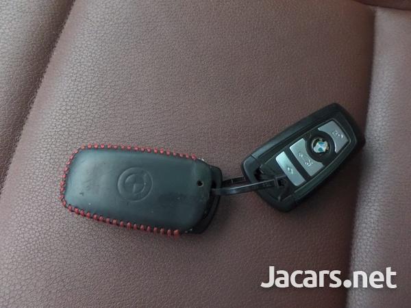 BMW 5-Series 2,5L 2013-7