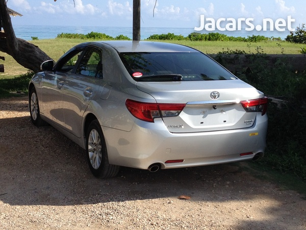 Toyota Mark X 2,5L 2014-2