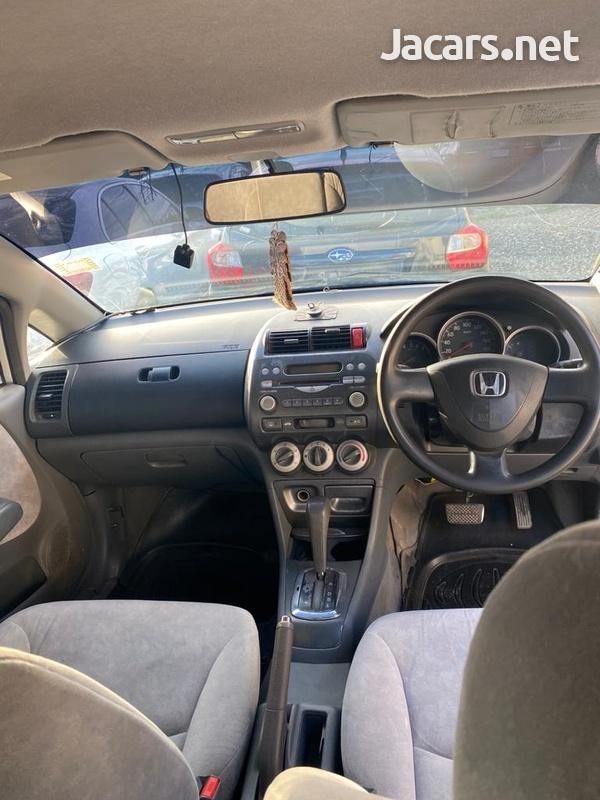 Honda Fit 1,4L 2007-6