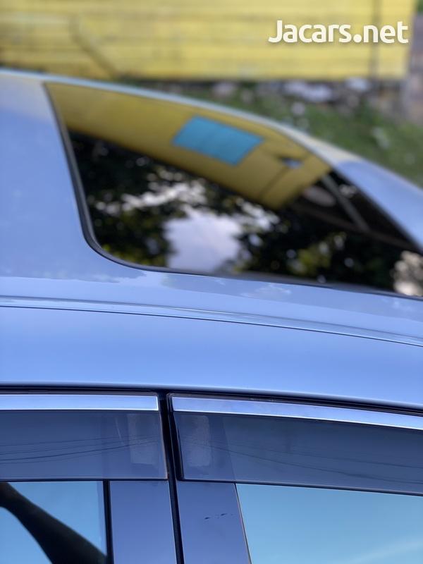 Toyota Crown 3,5L 2011-7