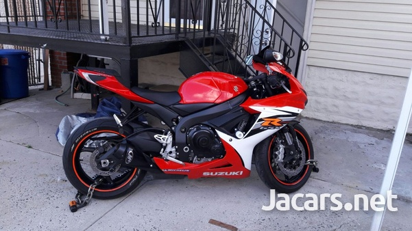 Suzuki 600 Bike 2013-1