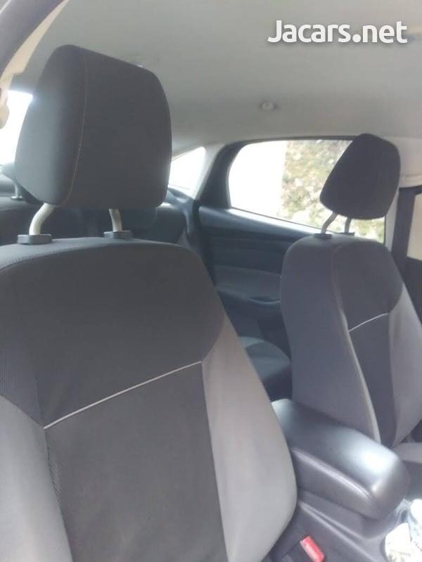 Ford Focus 1,8L 2013-6