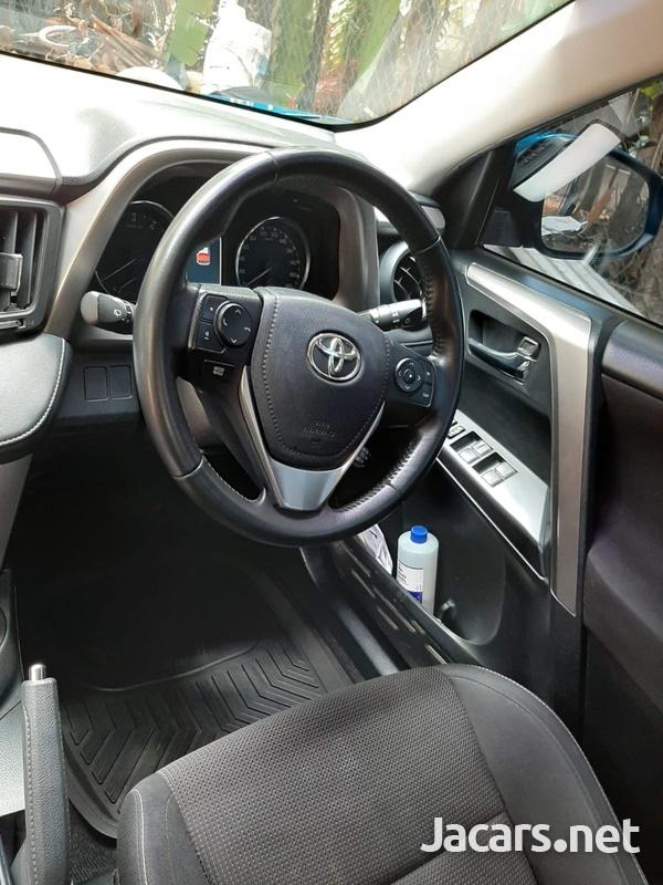 Toyota Rav4 3,0L 2017-10