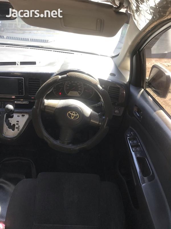 Toyota Wish 1,8L 2009-4