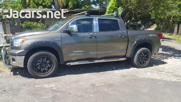 Toyota Tundra 5,7L 2012-8