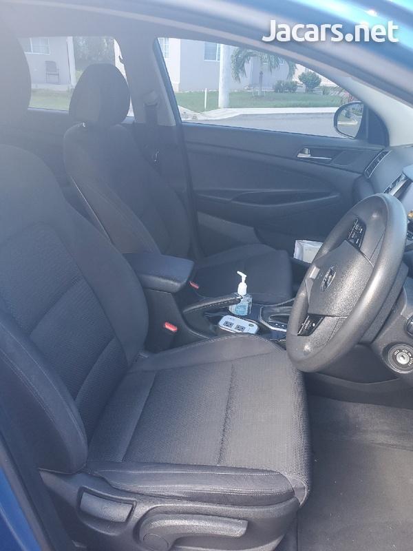 Hyundai Tucson 2,0L 2018-4