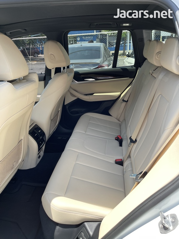 BMW X3 2,0L 2020-6
