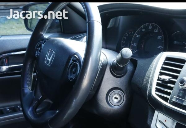 Honda Accord 2,4L 2014-6