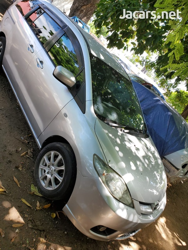 Mazda Premacy 2,0L 2006-5