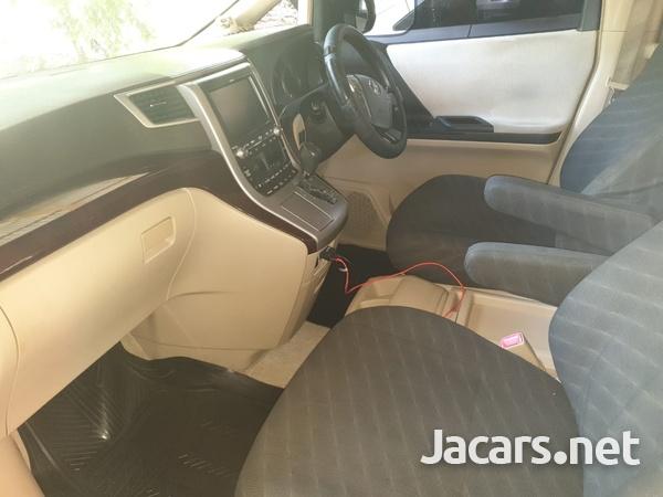 Toyota Vellfire 2,0L 2012-13