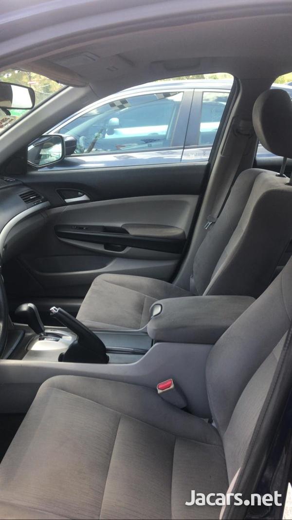 Honda Accord 1,5L 2011-6