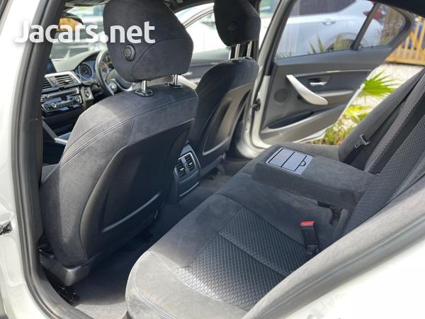 BMW 3-Series 2,0L 2017-8