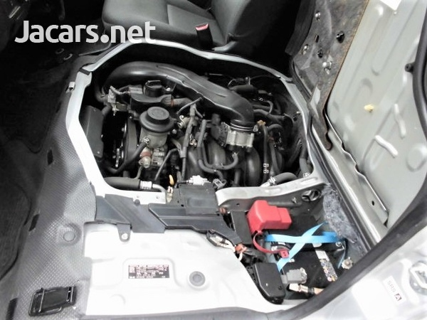 Toyota Hiace Van 2,0L 2016-11