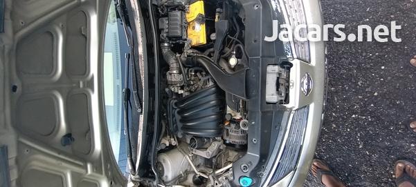 Nissan Tiida 1,8L 2007-7