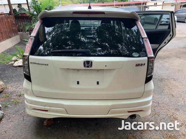 Honda Stream 1,8L 2012-8