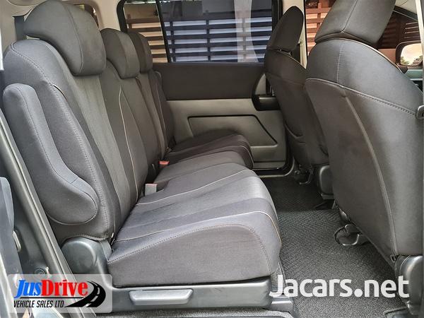 Nissan LaFesta 1,9L 2012-8