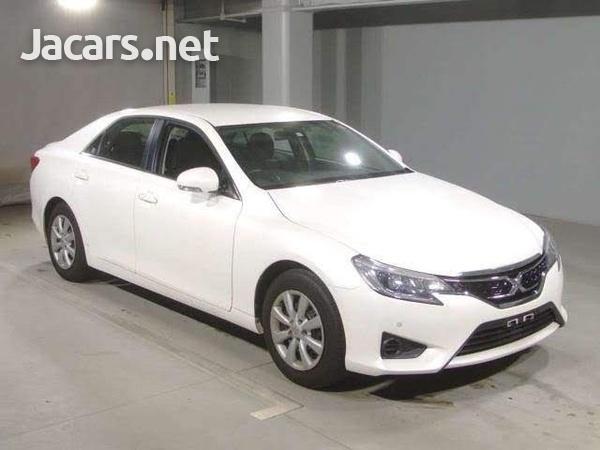 Toyota Mark X 1,8L 2013-1