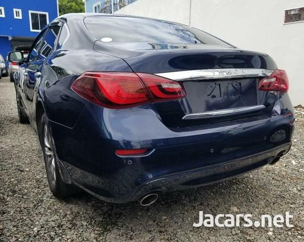 Nissan Fuga 3,7L 2015-3