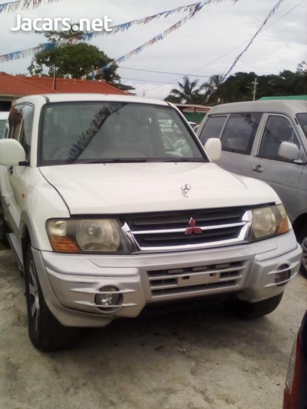 Mitsubishi Pajero 3,0L 2001-1
