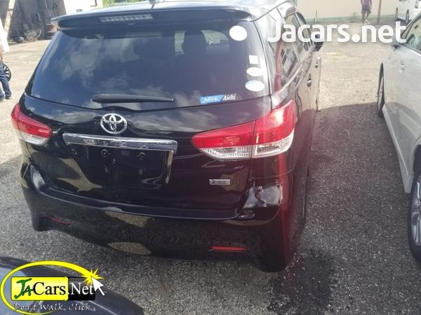 Toyota Wish 2,0L 2010-3