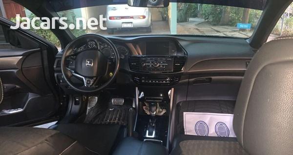 Honda Accord 2,5L 2016-6