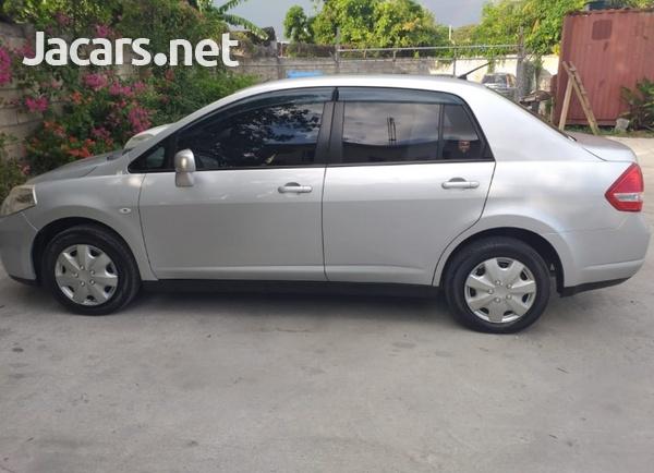 Nissan Tiida 1,5L 2012-1